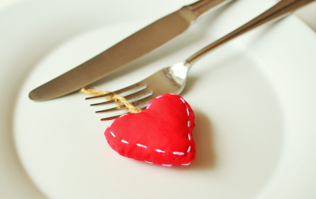 אכילה רגשית ואיך להתמודד איתה שחר סמיט תזונה טבעית