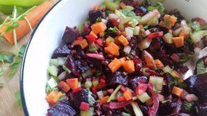 סלט סלק ועדשים שחורות שחר סמיט תזונה טבעית