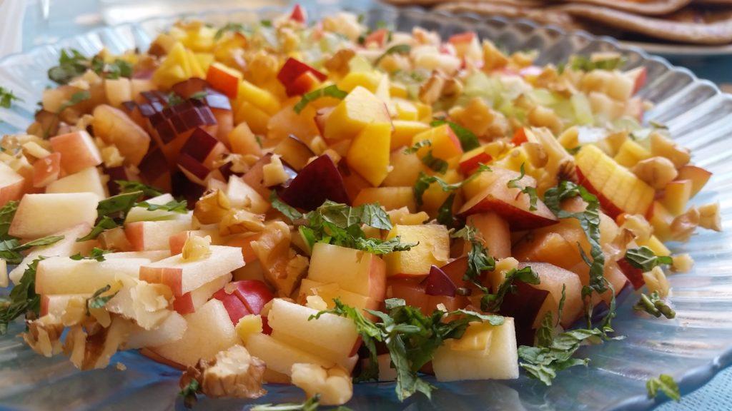 סלט פירות מיוחד ובריא שחר סמיט תזונה טבעית