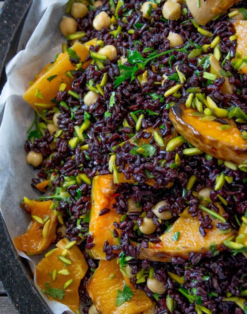 אורז אדום עם דלורית שחר סמיט תזונה טבעית