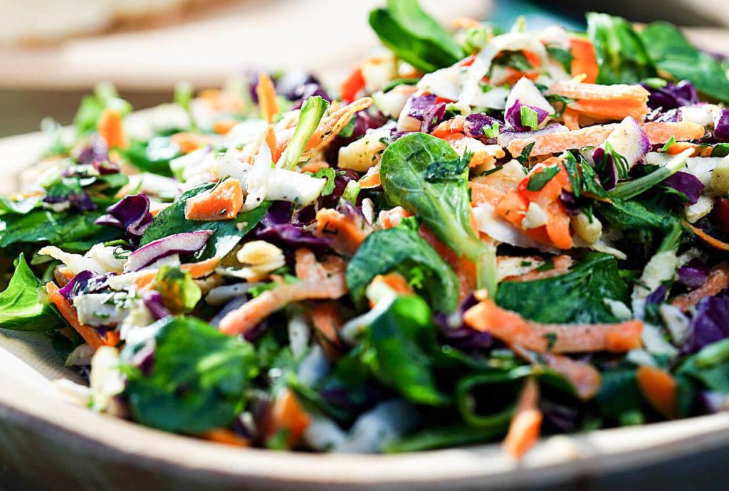 סלט ירקות מגורד שחר סמיט תזונה בריאה