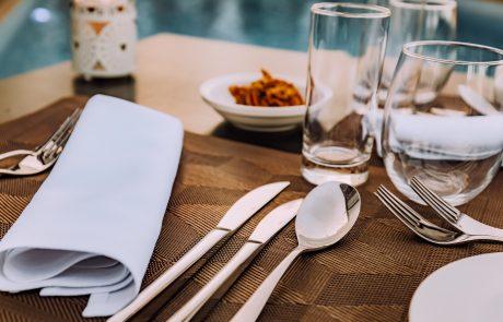 איך לאכול בריא במסעדות?
